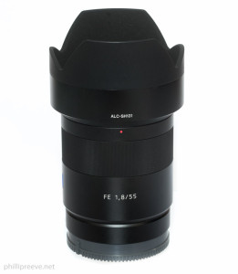 Sony FE 1.8/55 with hood