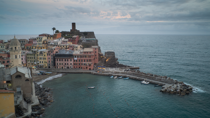 cinque terre italy vernazza blue hour spot