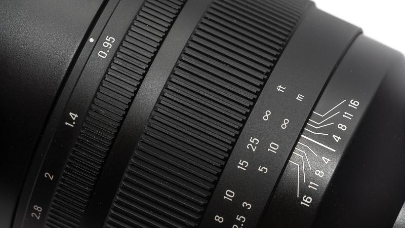zenitar 50mm 0.95 noctilux zhong yi mitakon SLRmagic sharpness resolution 42mp e-mount a7rIII a7rII bokeh
