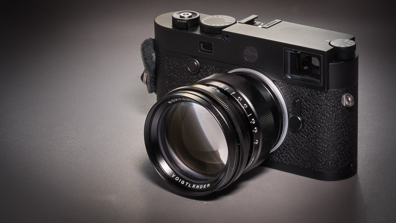 leica m10 review rangefinder messsucher comparison vergleich sony a7iii a7rii R2 42mp 24mp wide angle portrait