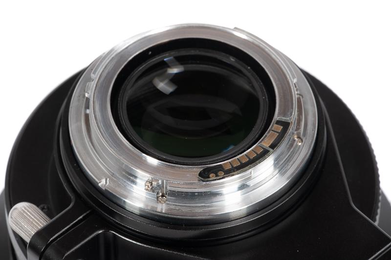 zhong yi mitakon 135mm 1.4 bokeh bokehpanorama brenizer fast ultra fast portrait speedmaster review sharpness sony 42mp 61mp